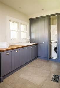 Mont Albert - Hampton style Overlay cabinets
