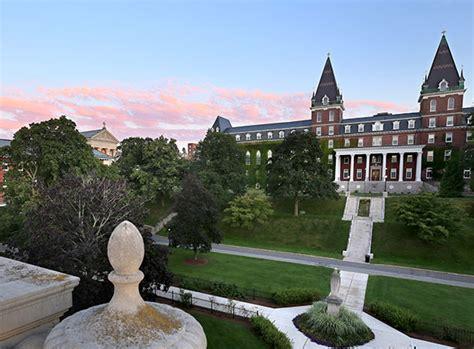 kiplingers ranks holy cross liberal arts college