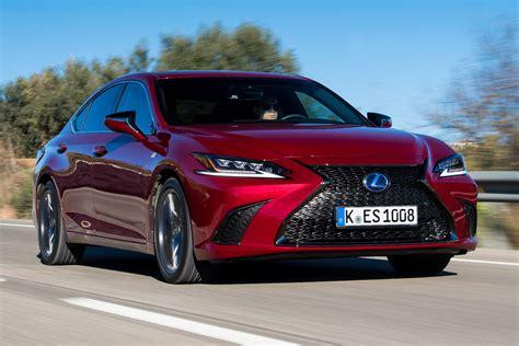 New Lexus ES 300h 2019 review   Auto Express