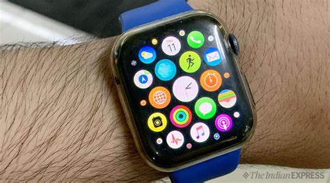 apple  leads smartwatch market   market share    strategy analytics