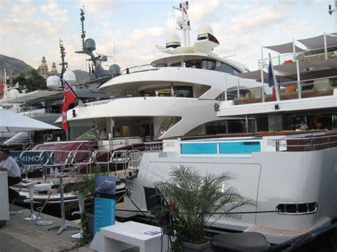 superyacht yogi sank  greek coast yacht luxurycom