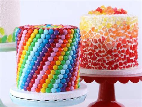 cake designs  beginners  tackle cake decorating