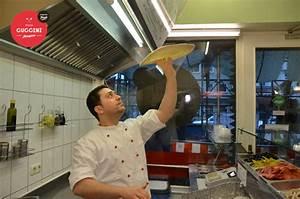 Who S Perfect München : pizza cuccini steinofen pizza handgemacht ~ Frokenaadalensverden.com Haus und Dekorationen