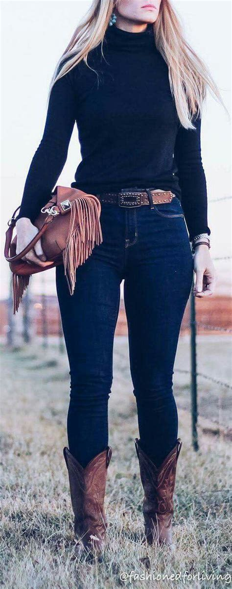 Best 25+ Rodeo outfits ideas on Pinterest | Country outfits Cowgirl outfits and Country style ...