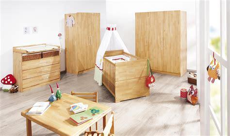 chambre bébé en bois chambre bébé natura en massif avec grande armoire