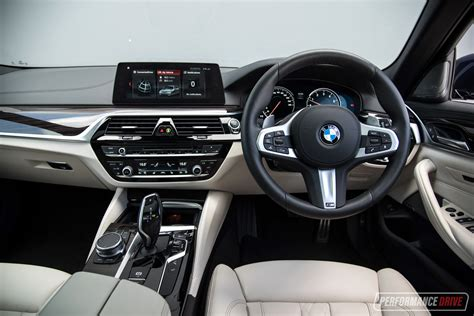 2018 Bmw 530i Touring M Sport Review (video