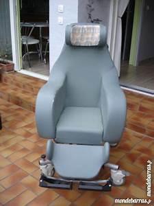 Fauteuil D Occasion : fauteuil relaxation d 39 occasion 96 vendre pas cher ~ Teatrodelosmanantiales.com Idées de Décoration