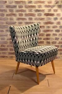 Fauteuil Vintage Scandinave : best 20 fauteuil voltaire ideas on pinterest retapisser ~ Dode.kayakingforconservation.com Idées de Décoration