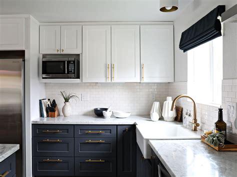 backsplash tile design a kitchen change i can 39 t shake white subway tiles
