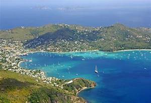 Admiralty Bay In Port Elizabeth Bequia St Vincent And