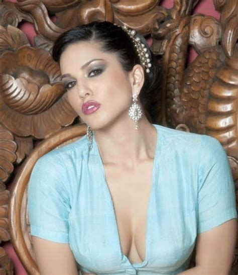 Sunny Leone Bollywoodindian Popular Actress And Model