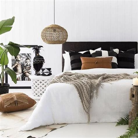 small black  white bedroom colors decorations  plat