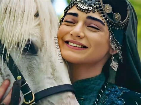Kuruluş osman bala hatun'un hayatı dizinin son bölümünde merak konusu oldu. Pin by rana noman on bala hatun in 2020   Alone girl pic, Turkish culture, Osman