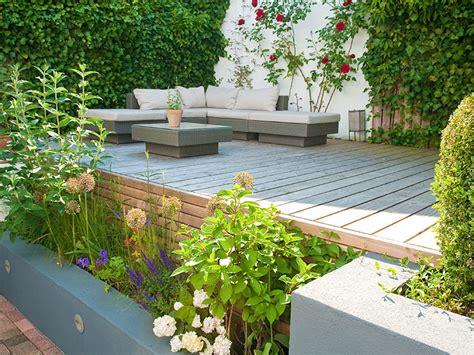 Gräser Im Modernen Garten by Der Moderne Pflegeleichte Garten
