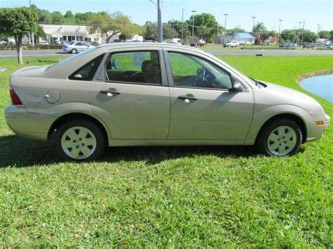 Buy Used 2007 Ford Focus Zx4 Se In 4114 S Orlando Dr