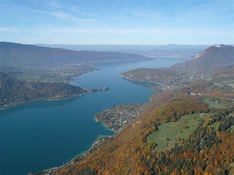 lac d annecy savoie mont blanc savoie et haute savoie alpes