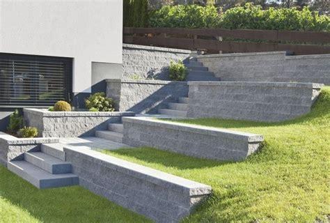 Stufen Im Garten betonplatten f 252 r terrassierten garten und stufen im