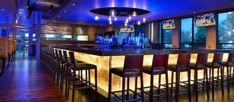 buy  large franchise restaurant bar kelowna bc