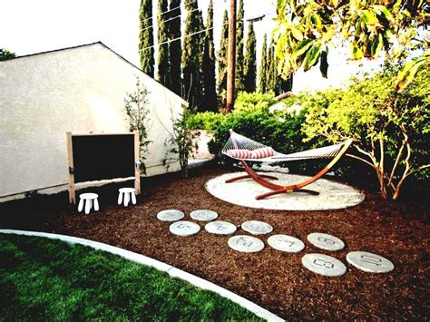 Small Front Garden Designs Large Backyard Landscape Great