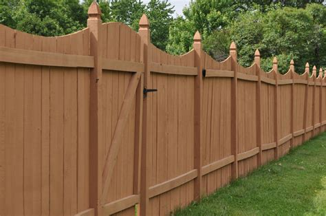 find property lines  building  fence