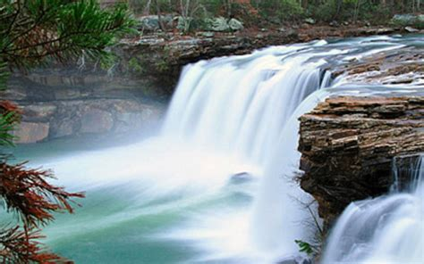 Beautiful Waterfalls Pictures From Around The World