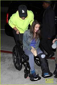 Justin Bieber Attends Church With His Mom Pattie Mallette Patrick Schwarzenegger Photo