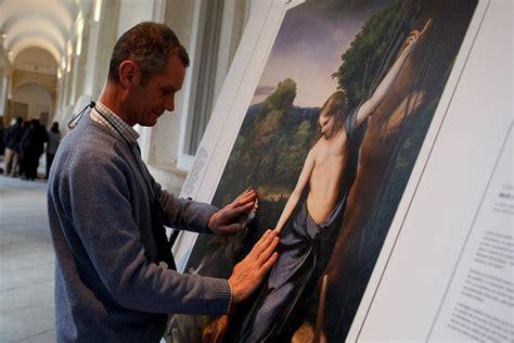 museo del prado blind visitors  touch masterpieces