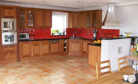 cuisine terre cuite carrelage 30x30 terre cuite fabrication artisanale