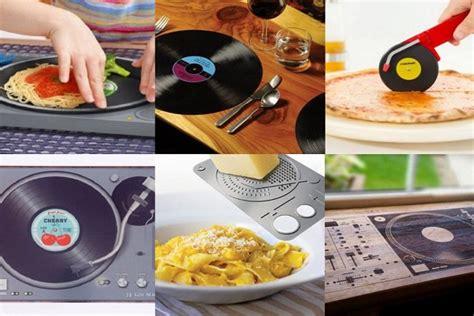 Amazing Bedroom Gadgets by Ten Amazing Kitchen Gadgets For Dj S And Bedroom Mixers