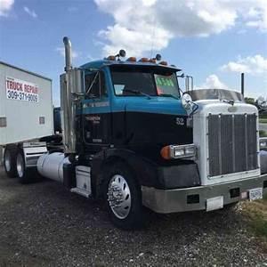 Peterbilt 377  1996    Daycab Semi Trucks