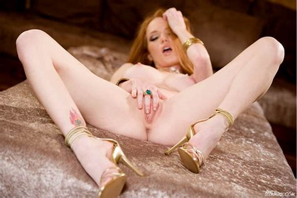 #Gorgeous #Petite #Redhead #With #Long #Flaming #Red #Hair #Spreads