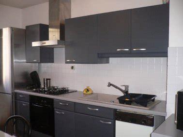 peinture placard cuisine la peinture carrelage au secours du home staging cuisine