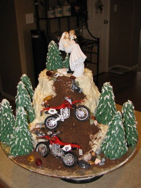 dirt bike wedding cake kassies creative cakes bike