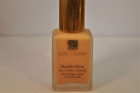 Estee Lauder Double Wear Foundation in Rattan 2W2