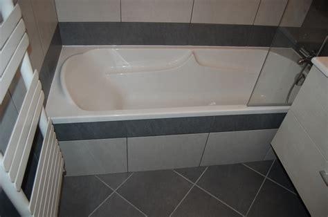 pose de faience dans une pose de fa 239 ence 25x40 dans une salle de bains lyon rh 244 ne 69