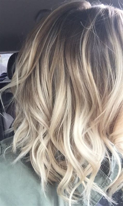 25 best ideas about cheveux blond on balayage blond blond and couleur cheveux blond