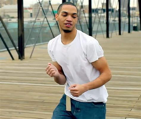 Icejjfish On The Floor by Jj Fish Issues A Statement Quot I Rather Cut Myself And