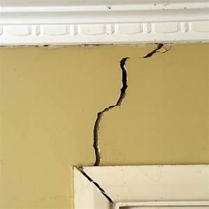 Reparer Grosse Fissure Mur Exterieur : que faire pour r parer les fissures sur votre mur ~ Melissatoandfro.com Idées de Décoration
