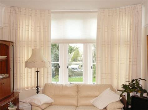 Window Blinds And Curtains by Awesome Blinds And Curtains Together Amusing Bay Window