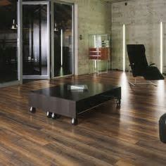 Pergo XP Esperanza Oak Laminate Flooring   5 in. x 7 in