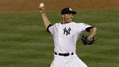 mariano rivera  hall  fame biography   bench