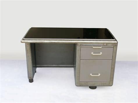 bureau fournitures bureau métallique avec opaline jpg tables bureaux