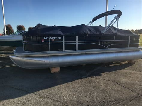 Used Pontoon Boats Kansas by New Used Boats For Sale Kansas City Missouri Outboard