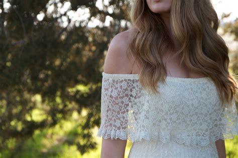 Hottest Off The Shoulder Wedding Dresses
