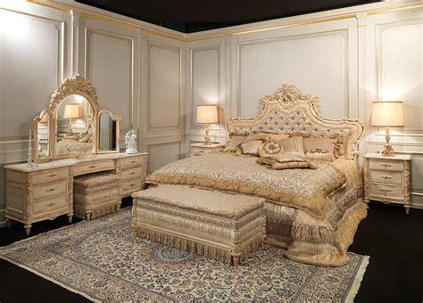 camera da letto classica  stile luigi xvi testata