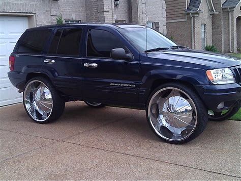 pimped    jeep grand cherokees