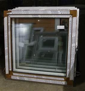 Dřevěné okno 120x120