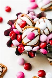 4 Easy Valentine's Day Treats | Chelsea's Messy Apron