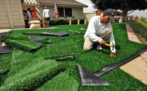 Outdoor Carpet Putting Green by The Low Maintenance Yard Save Money With These 7 Ideas