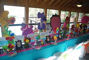 Alice In Wonderland Party Supplies Decorations Alice In